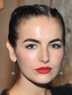camilla_belle_latina_beauty_1006_400_0